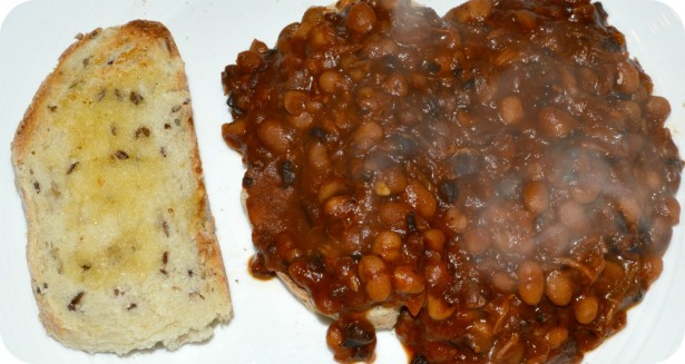 slow cooker beans on toast